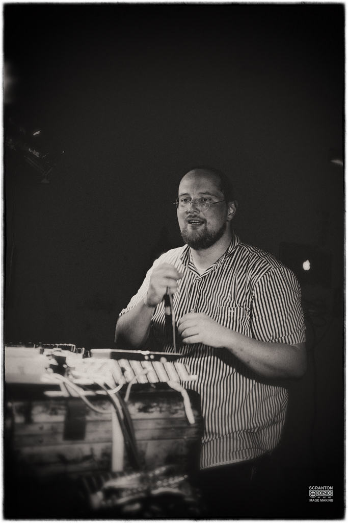 Dan Deacon @ The Space-18jpg_14817375809_l