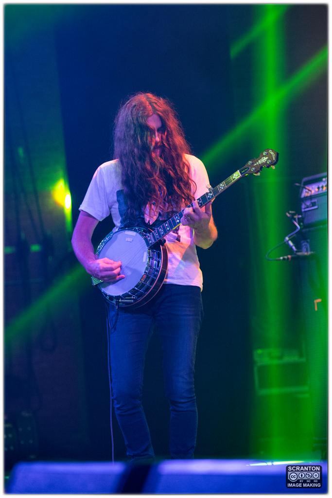Kurt Vile @ College St Music Hall - New Haven,_24824583620_l