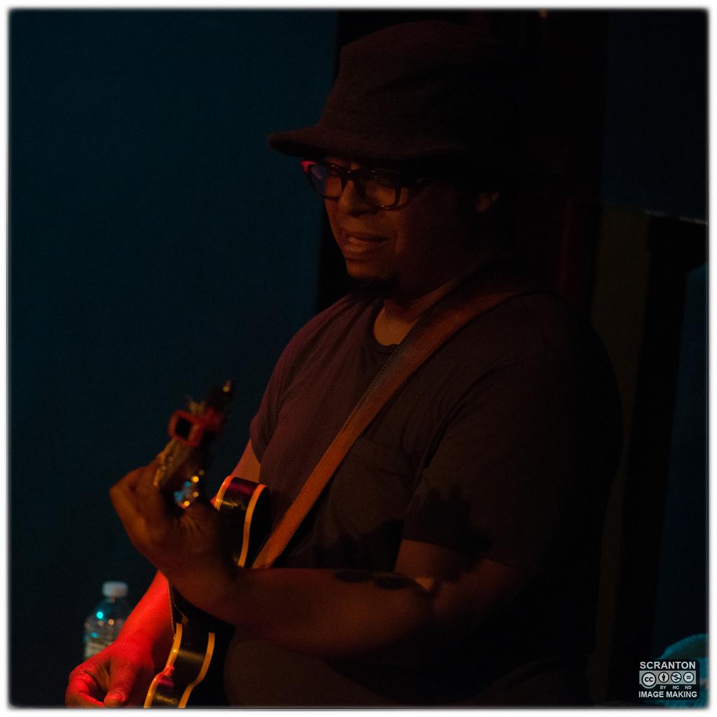 Tortoise @ Iron Horse Music Hall - Northampton, MA 31416_25172681994_l