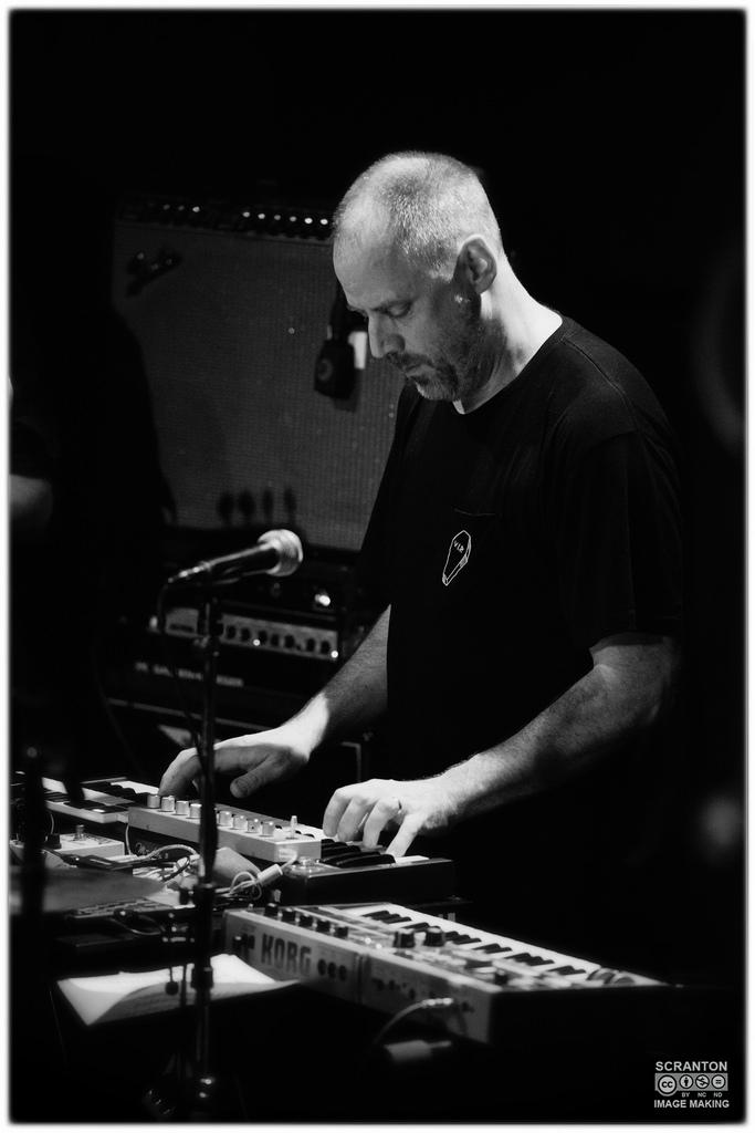 Tortoise @ Iron Horse Music Hall - Northampton, MA 31416_25172701744_l