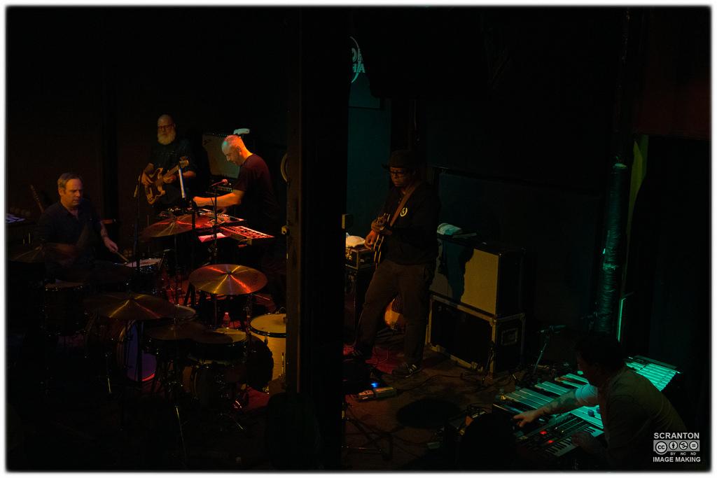 Tortoise @ Iron Horse Music Hall - Northampton, MA 31416_25502401970_l