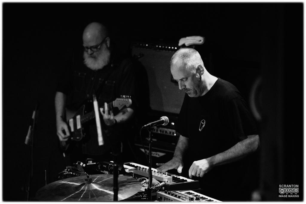 Tortoise @ Iron Horse Music Hall - Northampton, MA 31416_25708021481_l