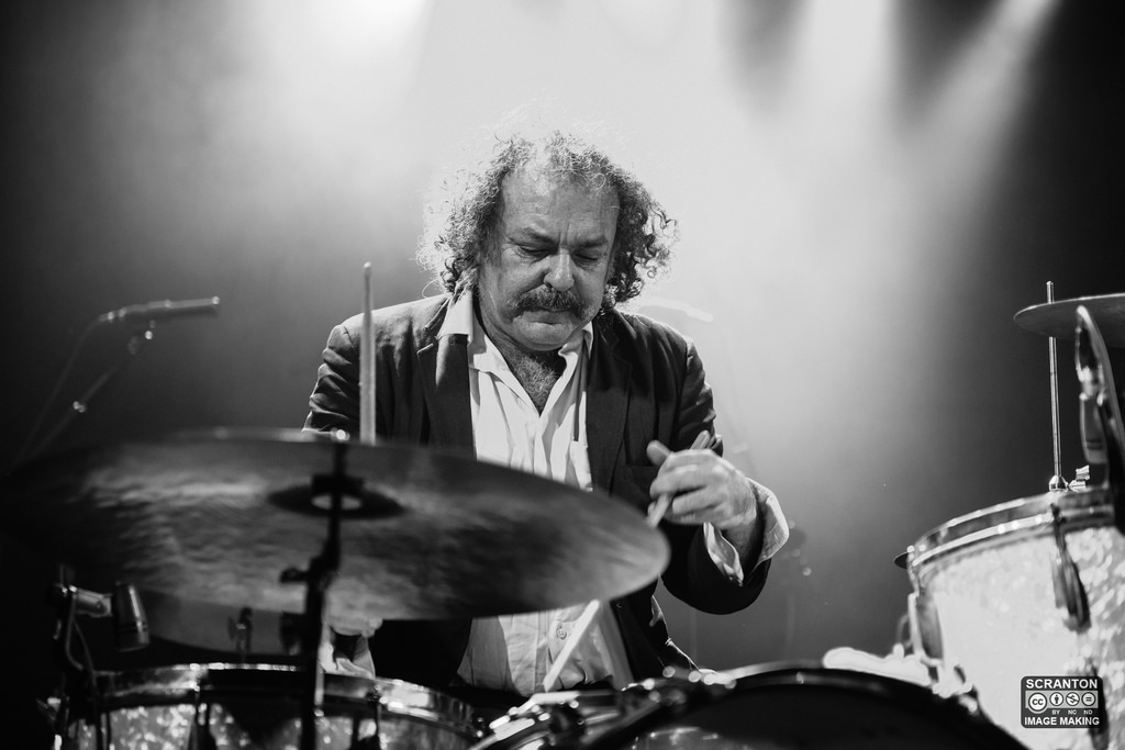 Xylouris White @ College St Music Hall - New Haven,_24490600724_l