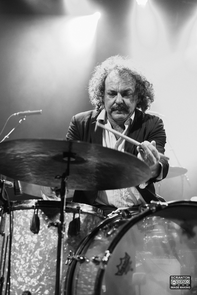Xylouris White @ College St Music Hall - New Haven,_24825628480_l